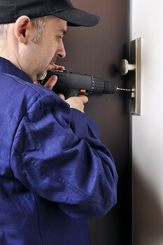 Locksmith in Pearland